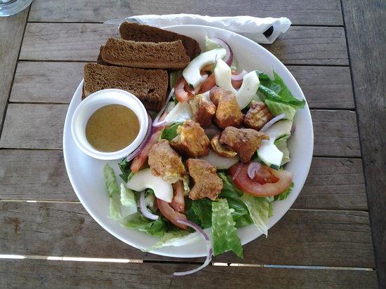 Reef and Beef Aruba: healthy salad