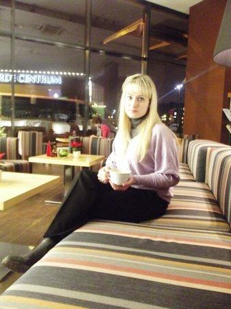 Hotel Euroopa: В отеле есть кафе Оливия