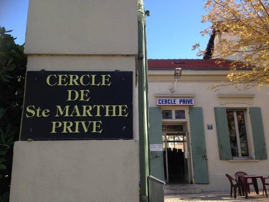 Cercle Sainte Marthe : L'entrée