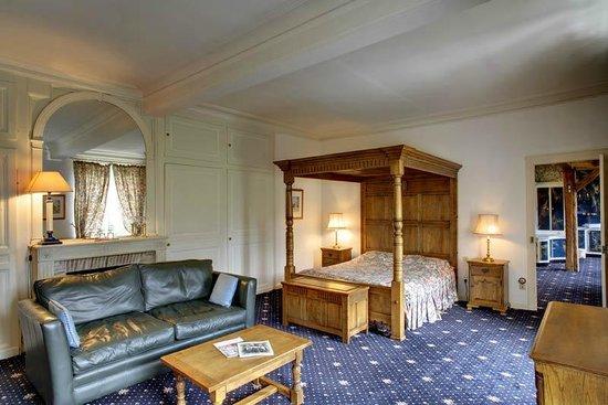 Chateau du Broutel : Rooms