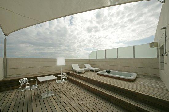 Terraza Omega Bar1 Fotografía De Hotel Neptuno Valencia