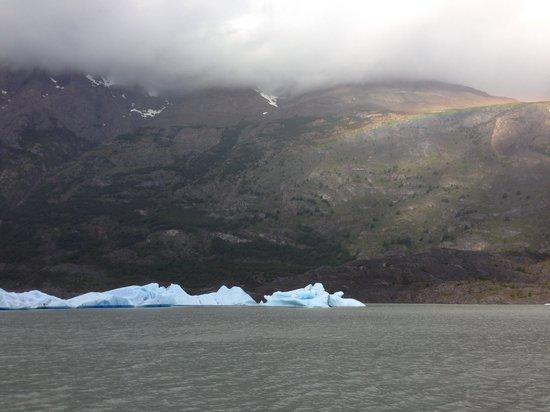Glacier Grey : Blue icebergs