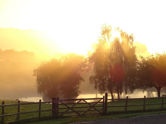 Pitlands Farm: Sunrise..