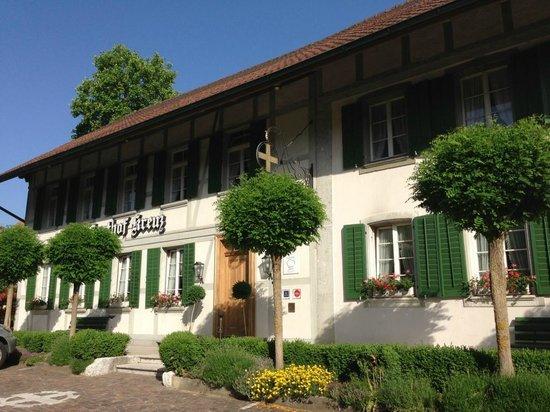 Gasthof Kreuz Muhledorf: Vue d'ensemble du bâtiment principal