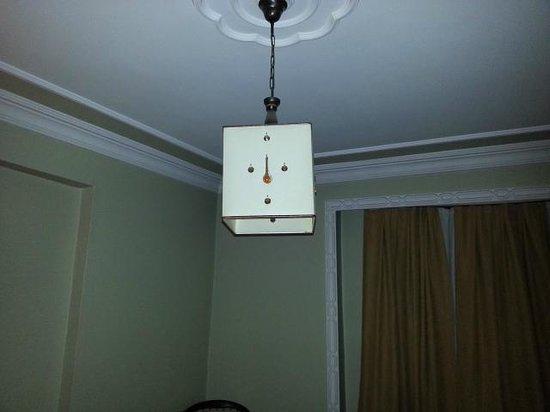 "Hotel Pera Capitol: ""chandelier"""