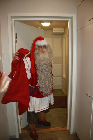 Santa Claus Holiday Village: Private visit of Santa to our cabin