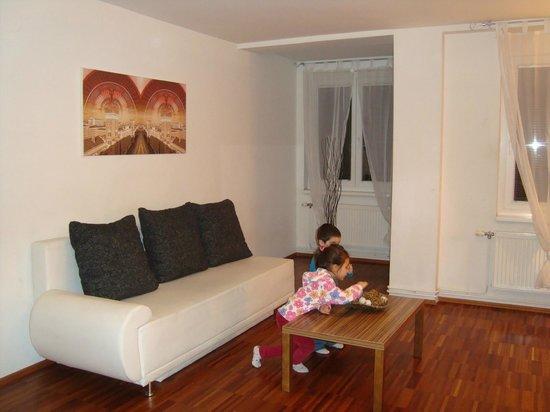 Royal Living Apartments - Vienna: divano letto