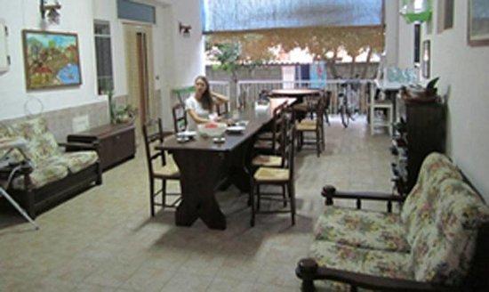 Al Borgo Vacanze B&B: Portico, sala pranzo