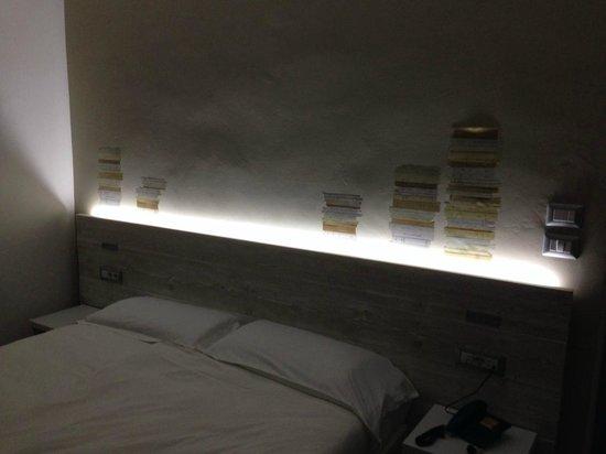 Villa Maria Hotel Garni : La stanza dei libri