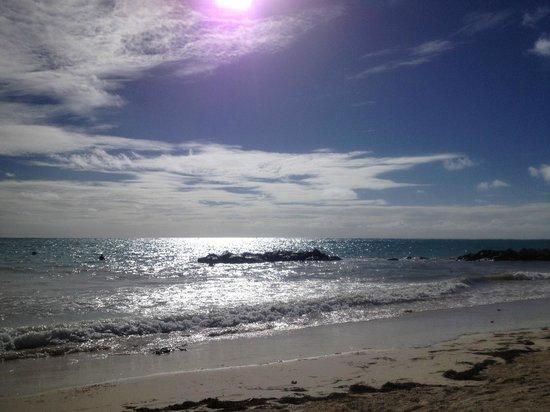 Sanctuary Cap Cana by AlSol : Praia belíssima.