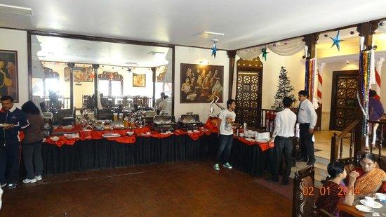 Shree Ram International : Morning breakfast buffet