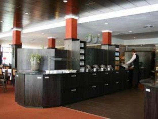 Van der Valk Hotel Arnhem: Brunch en diner is van der van der Valk met de tijd meegegaan