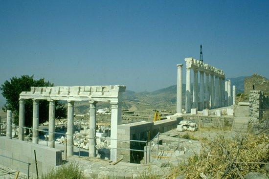 The Acropolis: tempio