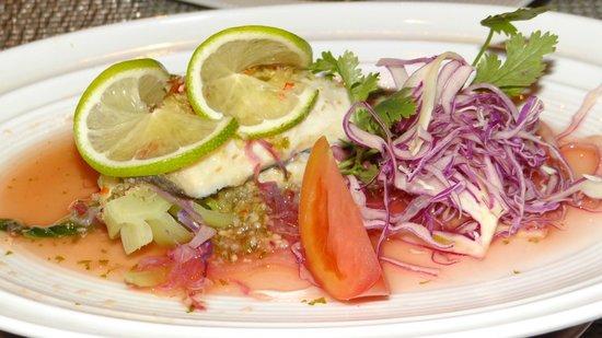 Nusantao: Pla nung manao (Spicy & sour steamed sea bass)