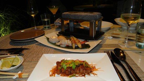 Nusantao: Hokkaido scallops & Jumbo prawns (barbecue)