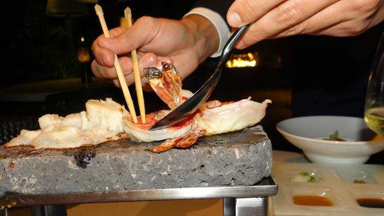 Nusantao: Ishiyaki lava stone barbecue presentation