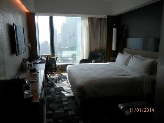 Hotel ICON: номер с видом на гавань