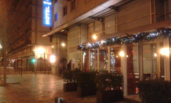 Kyriad Hotel Paris Bercy Village: Отель