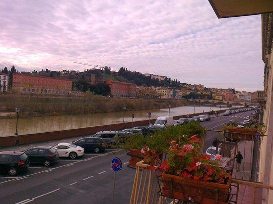 Hotel Ritz: Vista dalla Camera (ARNO)