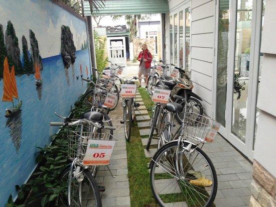 Hoi An VIVA Homestay-Villa: their new bikes