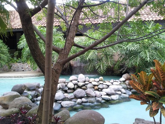 Radisson Hotel San Jose Costa Rica: Upper level pool area