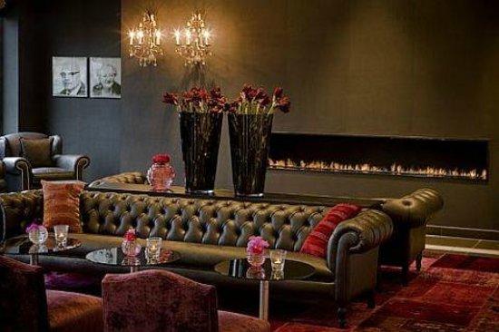 Van der Valk Hotel Duiven: Lobby