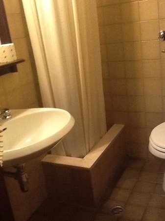 Hotel Italia: bagno