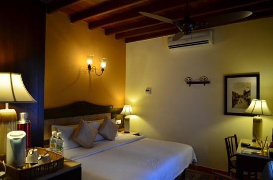 Yeng Keng Hotel: hotel room