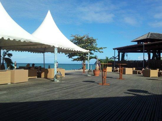 Langley Resort Hotel Fort Royal Guadeloupe : Terrasse devant l'espace manger