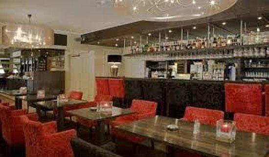 Van der Valk Hotel Groningen Westerbroek: Bar/restaurant