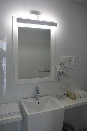 Grande Bay Resort and Spa : Bathroom