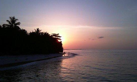 Aloita Resort & Spa: Sunset