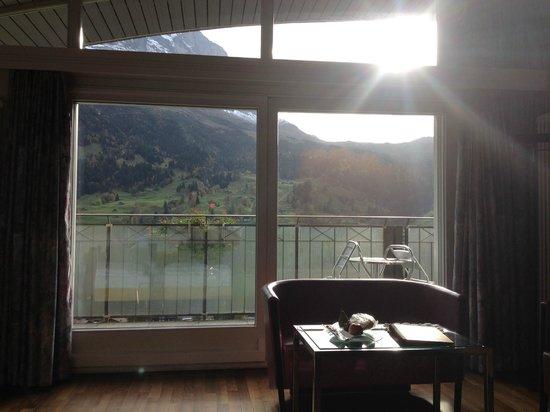 Belvedere Swiss Quality Hotel: morgentlicher Blick auf die Eigerseite