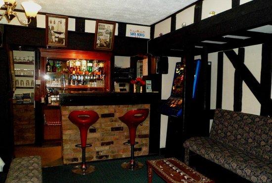 Sherwood Hotel : Bar Area