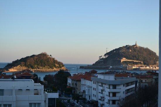 Hotel Codina: vue de la chambre le matin