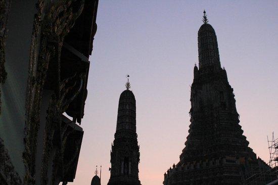 Wat Arun (Tempel der Morgenröte): O amanhecer