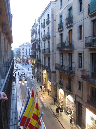 Gran Hotel Barcino: View from the balcony
