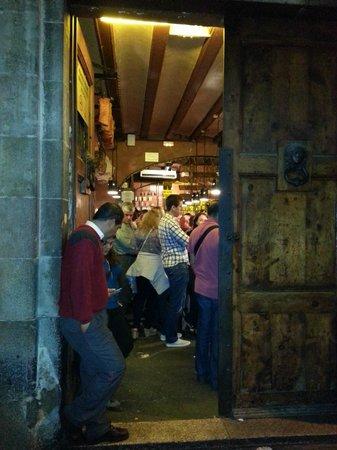 Can Paixano (La Xampanyeria): Entrata