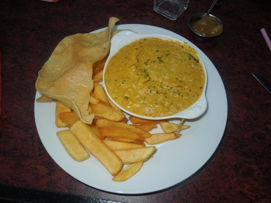 The Belted Galloway Viisitor Centre: Chicken Curry Poppadom and Chips