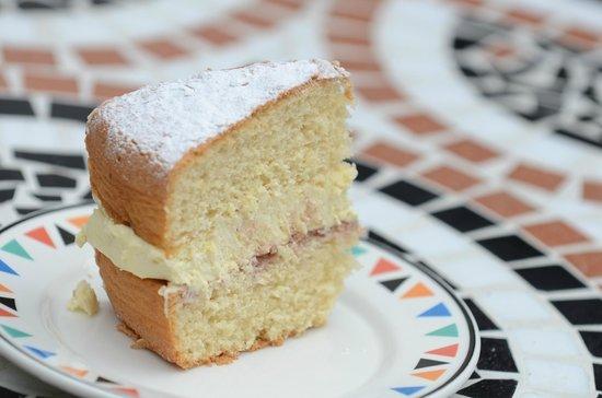 The White Hart B&B: The White Hart - our homemade cakes