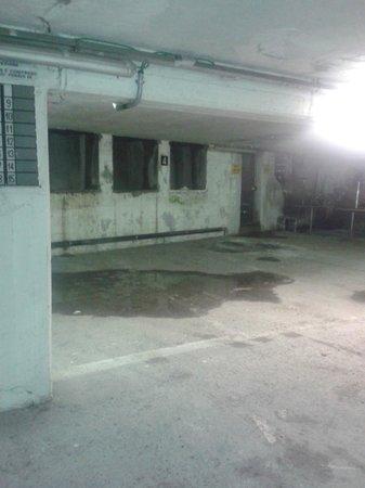 Rizzi Aquacharme Hotel & Spa: Parcheggio coperto