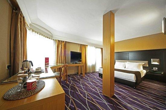 Hotel Prince : JUNIOR SUITE