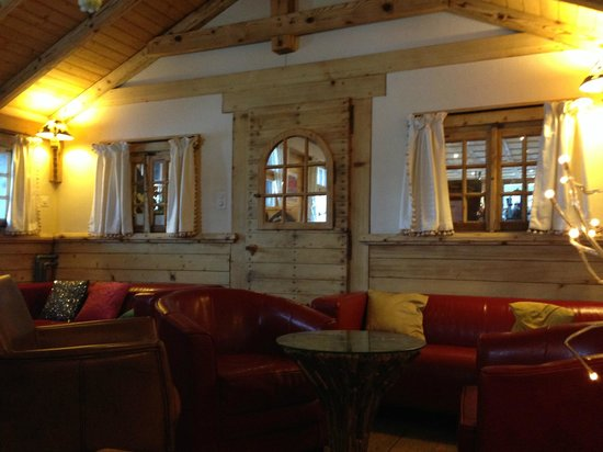 The Auberge du Grand Paradis : Residents' lounge