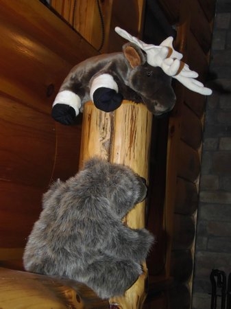 """Rustic Dreams Bed and Breakfast : these two """"mascots"""" were just adorable..here on the bedpost of the massive king sized bed"""