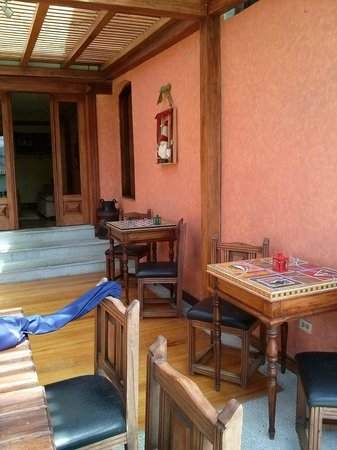 Hacienda Abraspungo: sala recreativa