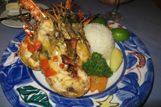Caribe Club Princess Beach Resort & Spa: lobster dinner ($30 extra)