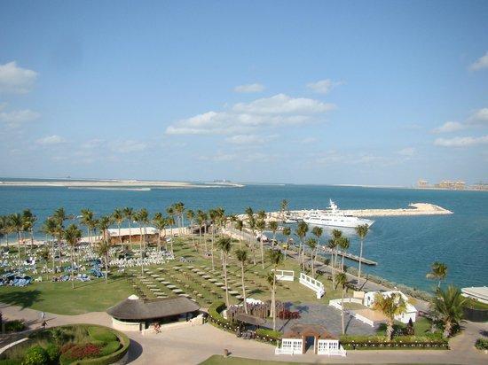 JA Jebel Ali Beach Hotel: Rum med sjöutsikt