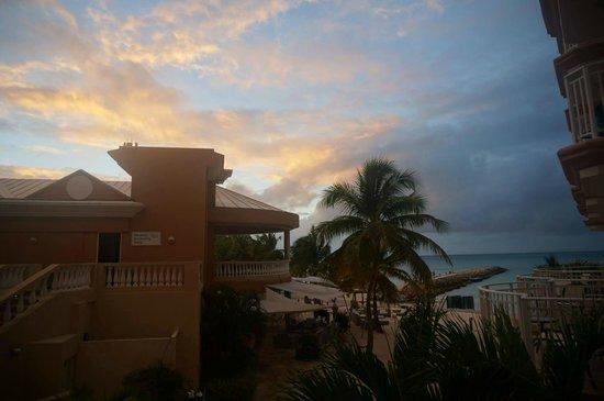 Divi Aruba Phoenix Beach Resort: View from 2nd Floor Suite