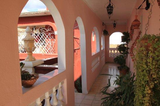 Casa Lili y Carlos : Corridoio di accesso alle camere