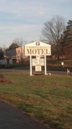 Homestead Inn Motel: Homestead sign